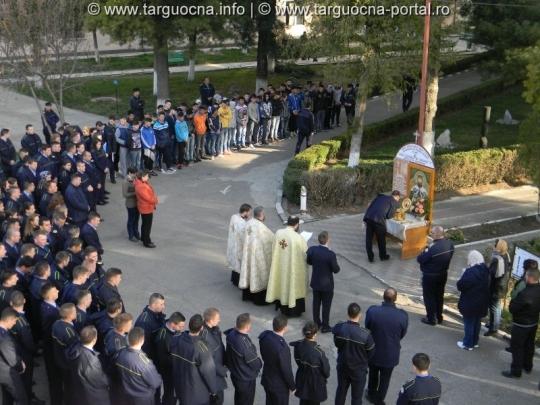 """Moaştele Sfântului Ierarh, """"Doctor fără de arginţi"""", Luca al Crimeii la SNPAP Târgu-Ocna"""