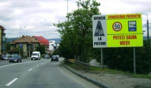 Respectarea regulilor de circulaţie, conducere preventivă şi respectarea normelor de conduită ca pieton
